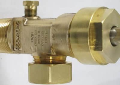 chemtech-us-products-images-sherwood-cylinder-valves-Sherwood-Chlorine-Valve-High-Res-Picture-Copy-resized-400x284 Sherwood Cylinder Valves